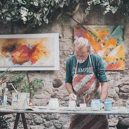 flow de Csikszentmihalyi illustré par un homme en train de peindre